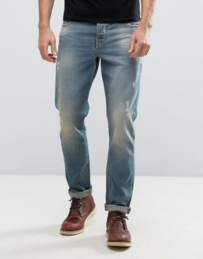 Jeans_Abrasions_Light_Wash