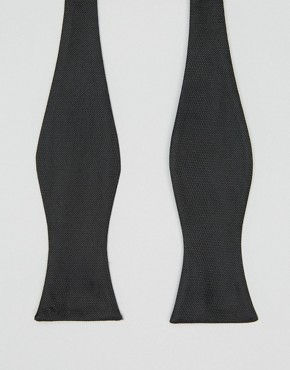 Self_Tie_Bow_Tie_Black